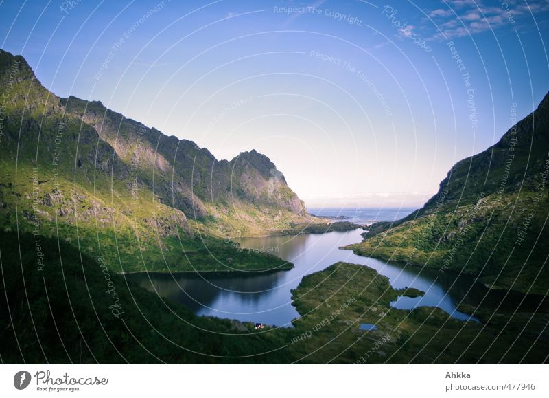 Lofoten X Natur Ferien & Urlaub & Reisen Landschaft Einsamkeit Ferne Berge u. Gebirge Gefühle Wege & Pfade Freiheit See Stimmung Horizont träumen Tourismus