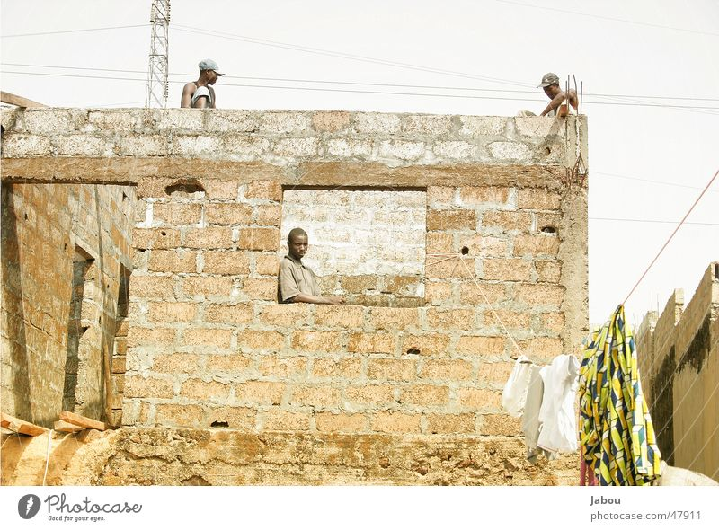 Housebuild Haus Mauer Dach Afrika Arbeiter