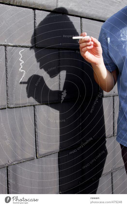 kreideraucher Mensch Jugendliche Mann Erholung Junger Mann Erwachsene lustig Gesundheit maskulin Gesundheitswesen Pause Rauchen Rauch Humor Zigarette Kreide