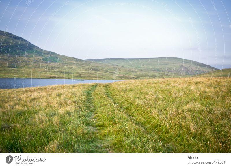 Spur ins Grün-Blaue Natur Ferien & Urlaub & Reisen Erholung ruhig Landschaft Ferne Berge u. Gebirge Leben Freiheit See Stimmung Zufriedenheit authentisch