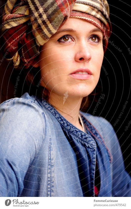 Autumnal Woman (IV). Mensch Frau Jugendliche schön Junge Frau Gesicht Erwachsene 18-30 Jahre Wärme feminin Herbst Stil Kopf Mode braun elegant