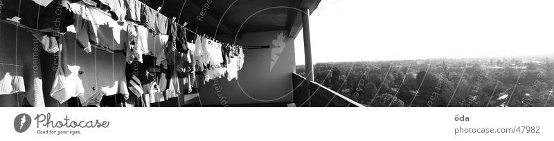 Waschtag #1 groß Bekleidung Wäsche Panorama (Bildformat) trocknen aufhängen Wäscheleine