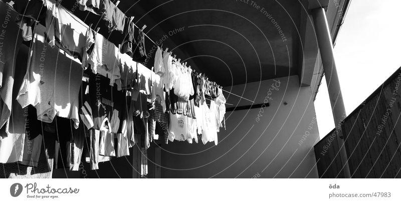 Waschtag #2 groß Bekleidung Wäsche Panorama (Bildformat) trocknen aufhängen Wäscheleine