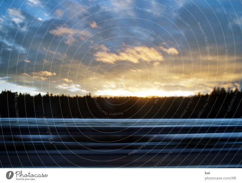 CarClouds02 Bewegungsunschärfe Wolken Stil Fototechnik Landschaft Geschwindigkeit Autofahren Wolkenformation Sonnenlicht Lichtspiel