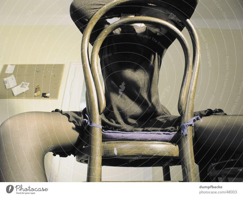 Warten Frau Mensch feminin Beine sitzen Bauch Sessel