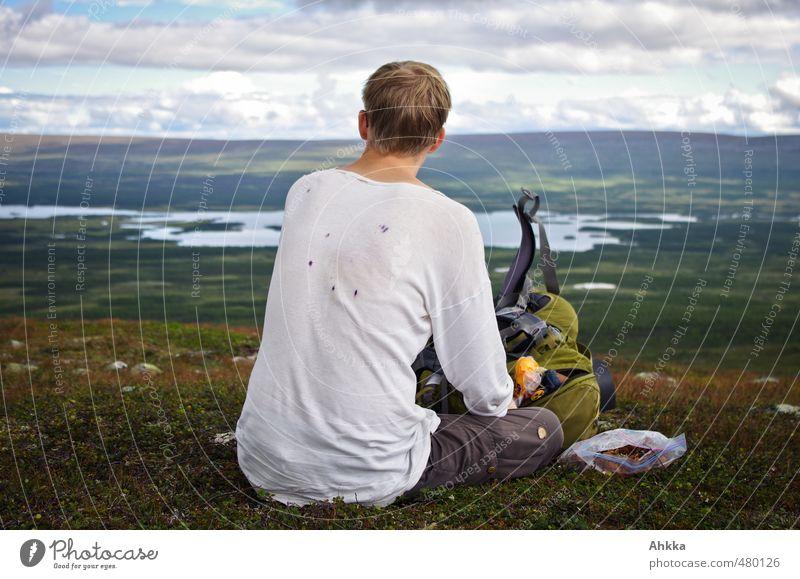 Blaubeerflecken Natur Ferien & Urlaub & Reisen Erholung ruhig Landschaft Ferne Berge u. Gebirge Leben Gefühle Freiheit See Horizont Stimmung maskulin
