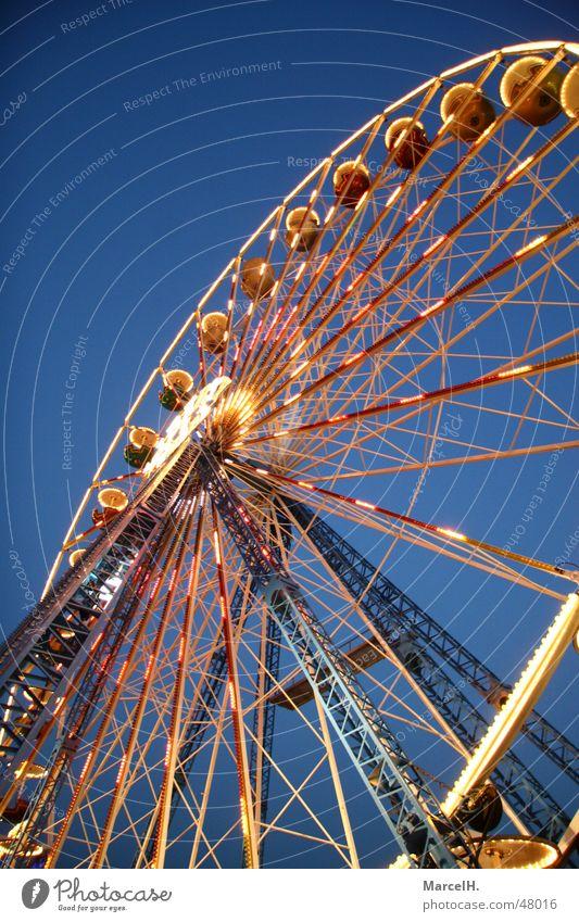RIIIIIIIESENRAD Lampe Feste & Feiern Jahrmarkt Markt Abenddämmerung Riesenrad