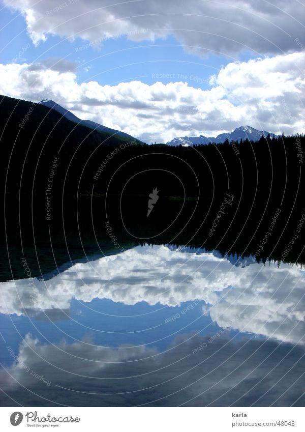 Mal zwei Wasser Himmel weiß blau Sommer Ferien & Urlaub & Reisen ruhig Wolken Wald Berge u. Gebirge See Frieden Idylle türkis Kanada Doppelbelichtung