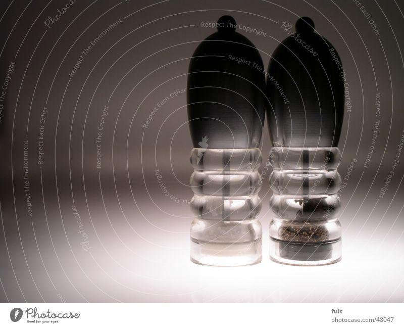 pfeffer und salz Stil Metall 2 Glas stehen Bodenbelag rund Klarheit Küche Scharfer Geschmack Kräuter & Gewürze unten Korn durchsichtig silber Haushalt