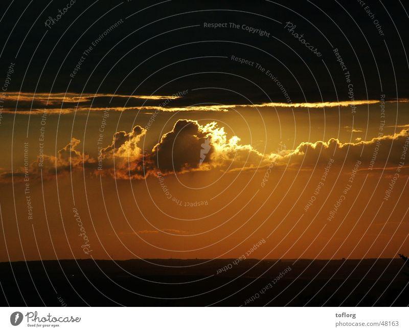 Schwäbischer Sommer Sonnenuntergang Wolken Sonnenstrahlen Himmel Beleuchtung