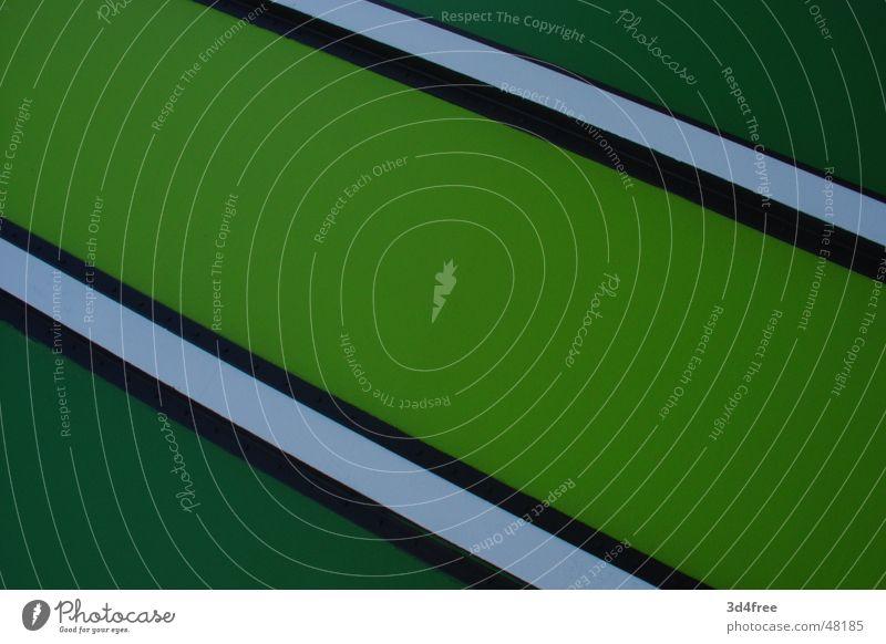 Grünbox weiß grün schwarz Farbe kalt Metall Coolness einfach Stahl Anstreicher Container Blech Momentaufnahme