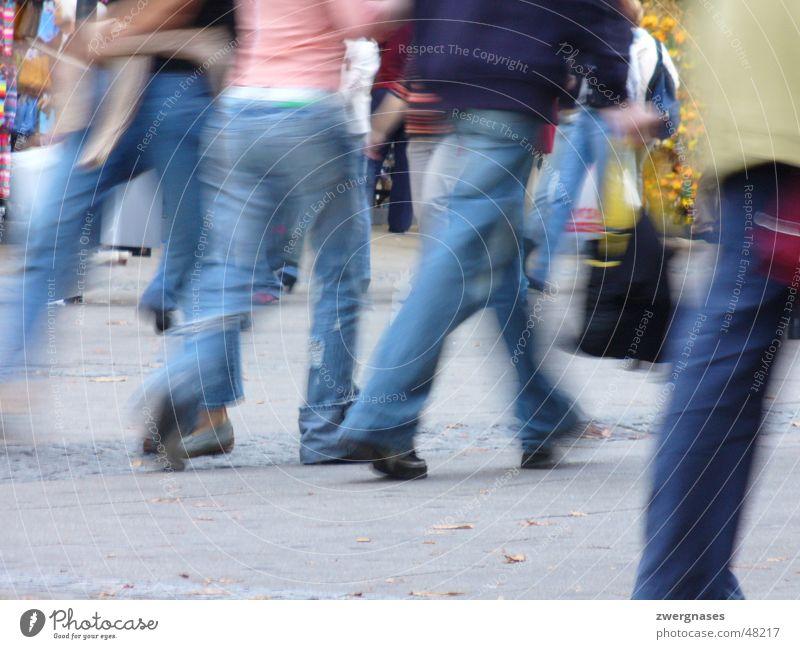 Shopping Mensch Stadt Beine laufen Geschwindigkeit Ladengeschäft Stress Eile