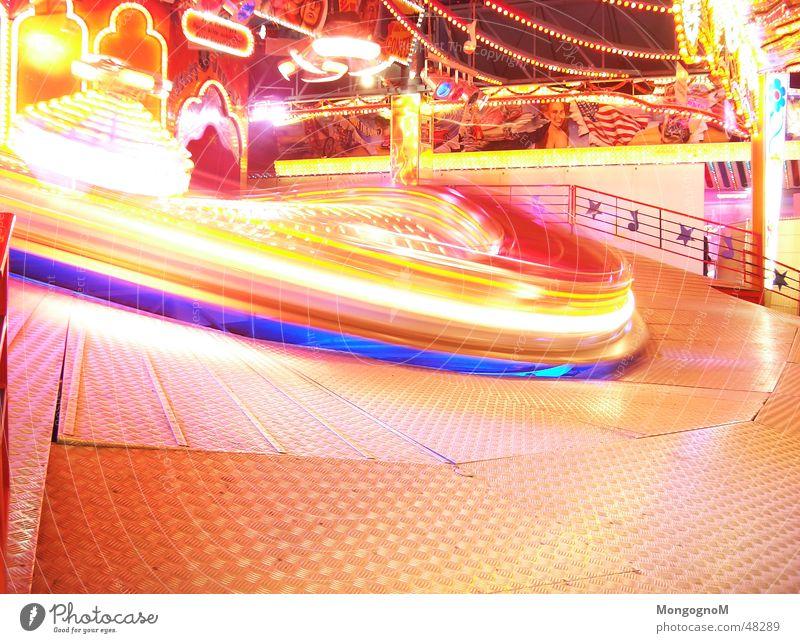 Speed of Light Jahrmarkt Licht Geschwindigkeit karrussel