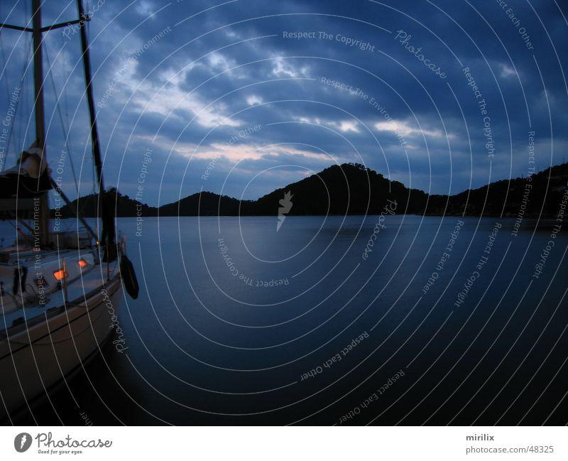 Abendstimmung Wasser Himmel Meer blau Wolken Wellen Hafen Segeln Segelschiff Mittelmeer