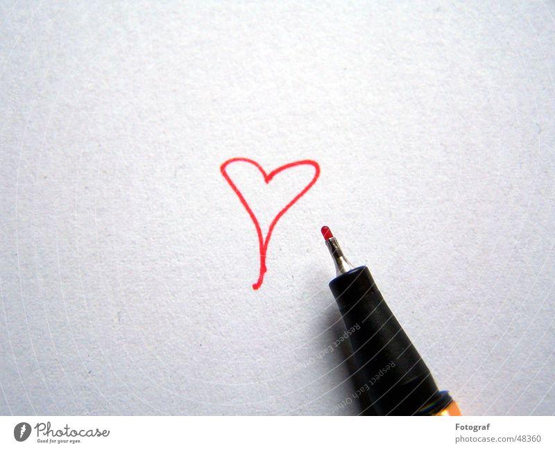 Herzmaler Schwan Fineliner Papier rot Tinte Entwurf stabilo Liebe kritzel streichen zeichnen Valentinstag