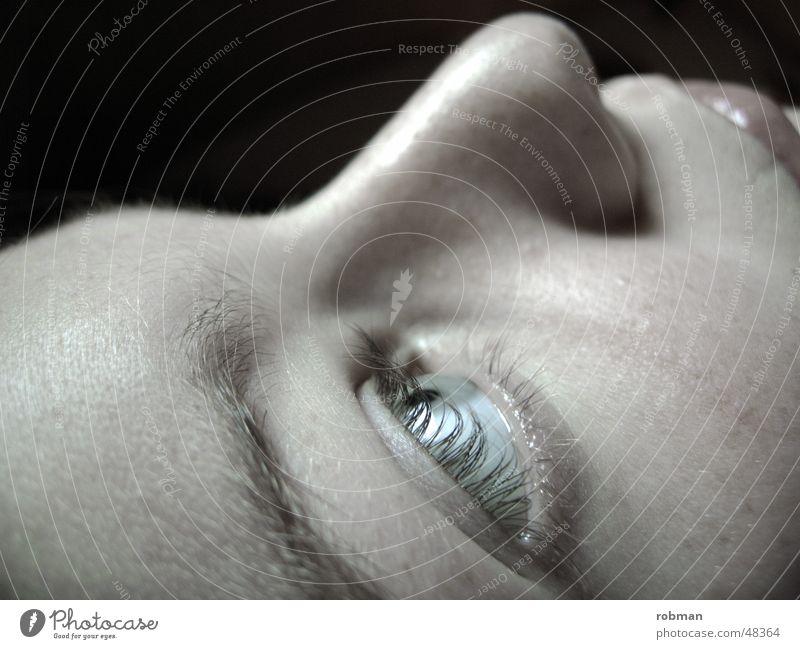 beauty eyes Frau weiß Gesicht schwarz Auge Nase Lippen Wimpern
