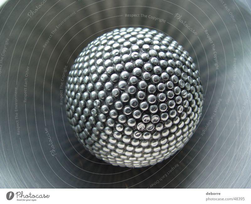 Kugel grau glänzend Ball Stahl Massage silber Objektfotografie Noppe Edelstahl kugelrund