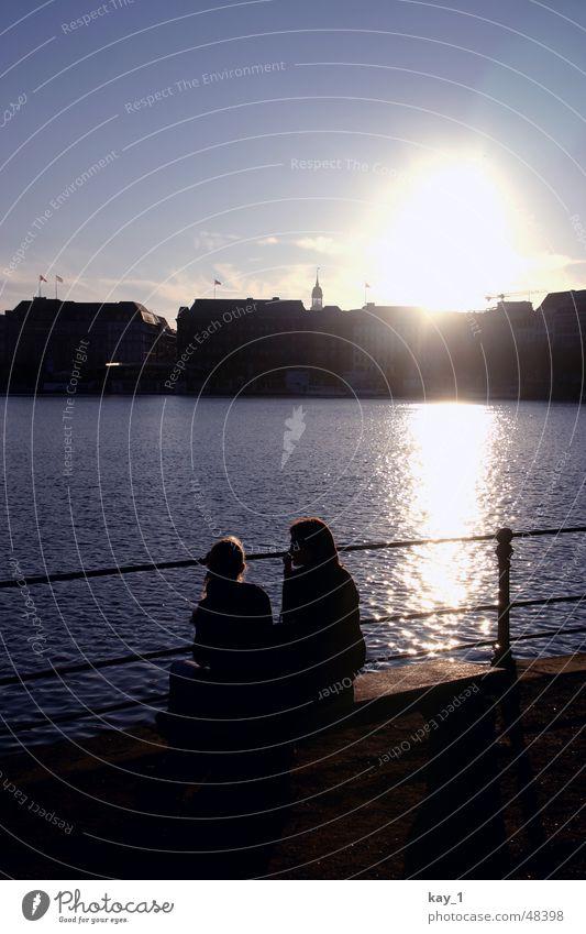 Hamburg Sunset Wasser Stadt Paar See Freundschaft Deutschland Hamburg paarweise Skyline Nachmittag Alster