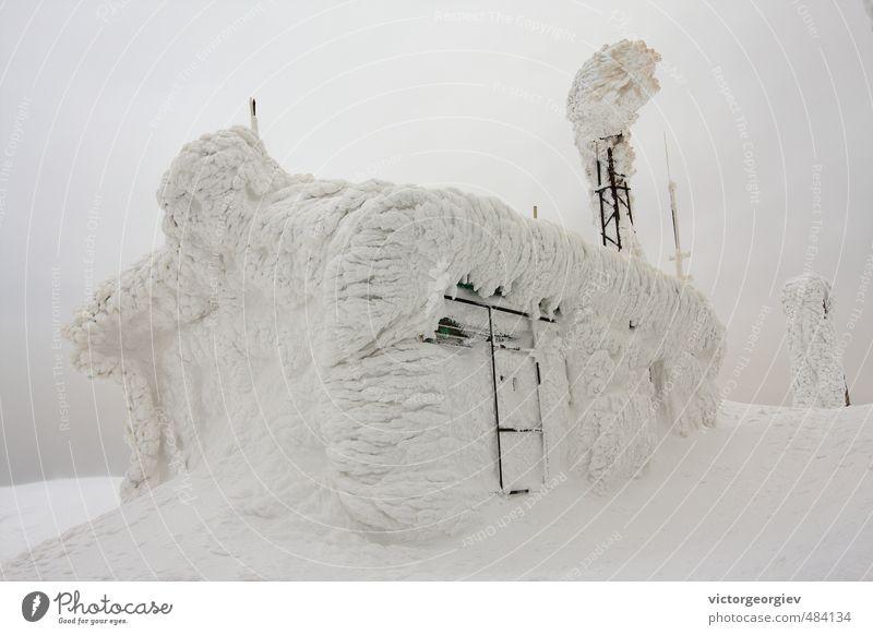 Natur Wolken Winter Berge u. Gebirge kalt Umwelt Schnee Gebäude Schneefall Tourismus Eis wandern Klima Urelemente Frost Bauwerk