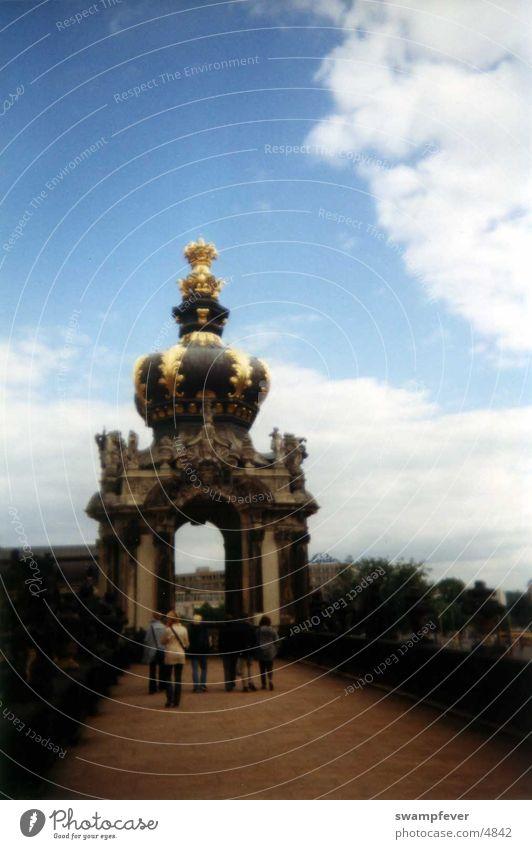 Dresden Mensch Menschengruppe Gebäude historisch Sachsen