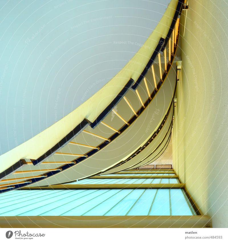 um`s Eck Menschenleer Haus Gebäude Architektur Mauer Wand Treppe Fenster blau gelb grün rosa Treppenhaus Geländer Farbfoto Innenaufnahme Textfreiraum links