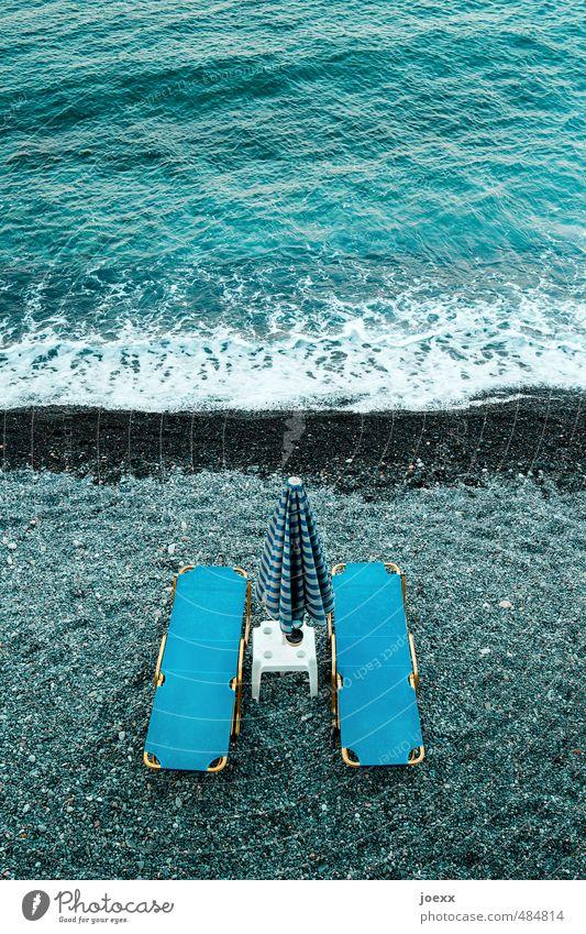 Fußmassage Ferien & Urlaub & Reisen blau weiß Wasser Sommer Meer Erholung ruhig Strand schwarz Schwimmen & Baden Wellen Tourismus Sauberkeit Liege Wellness