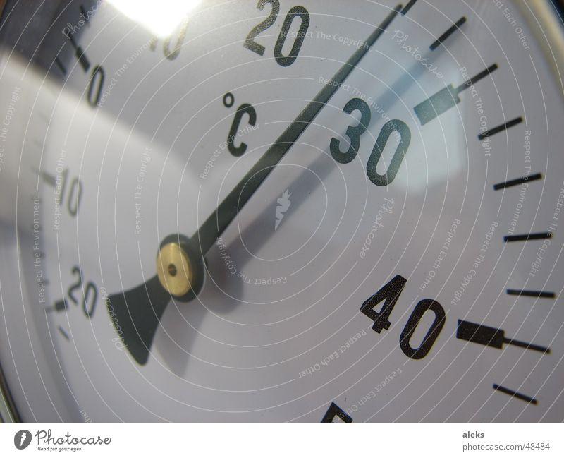 temperaturmesser weiß schwarz kalt Wärme Glas Physik analog Kontrolle 30 Anzeige 20 Grad Celsius 40 Uhr Temperatur Plus
