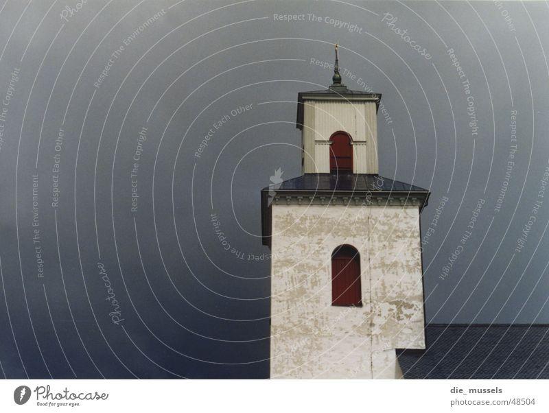 farbkleks im dunkel weiß rot Haus Wolken Regen Religion & Glaube Turm Gewitter