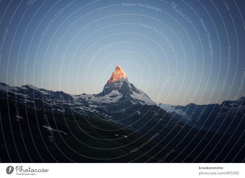 b erglühen Himmel Natur blau Sommer Landschaft Umwelt Berge u. Gebirge Stein außergewöhnlich Felsen orange leuchten Tourismus Gipfel Zeichen Alpen