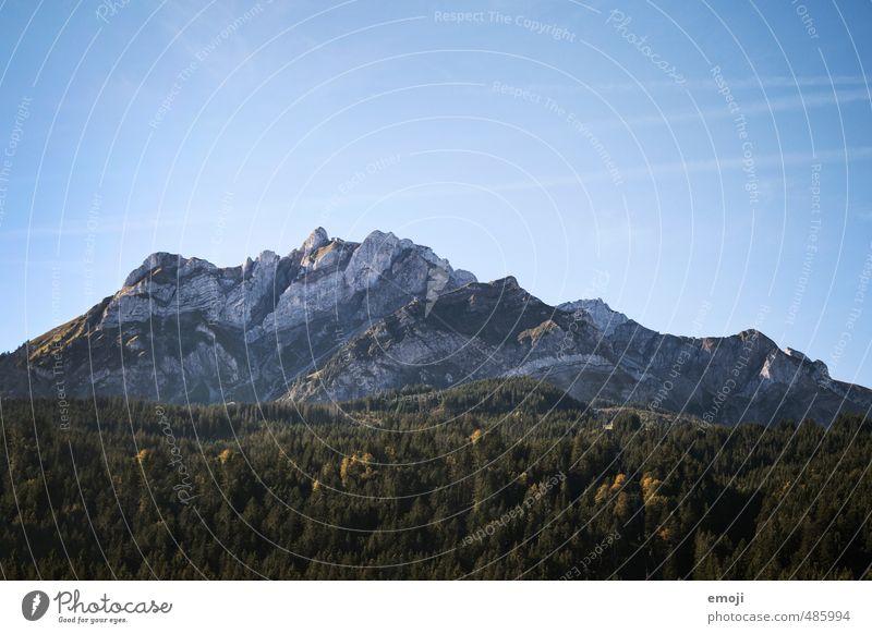 Pilatus Umwelt Natur Landschaft Himmel Wolkenloser Himmel Sommer Schönes Wetter Felsen Alpen Berge u. Gebirge natürlich blau Farbfoto Außenaufnahme Menschenleer