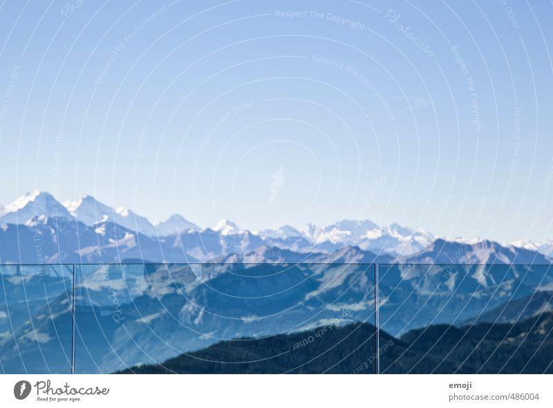 Aussicht Umwelt Natur Landschaft Himmel Wolkenloser Himmel Schönes Wetter Alpen Berge u. Gebirge Gipfel Schneebedeckte Gipfel natürlich blau Schweiz Tourismus