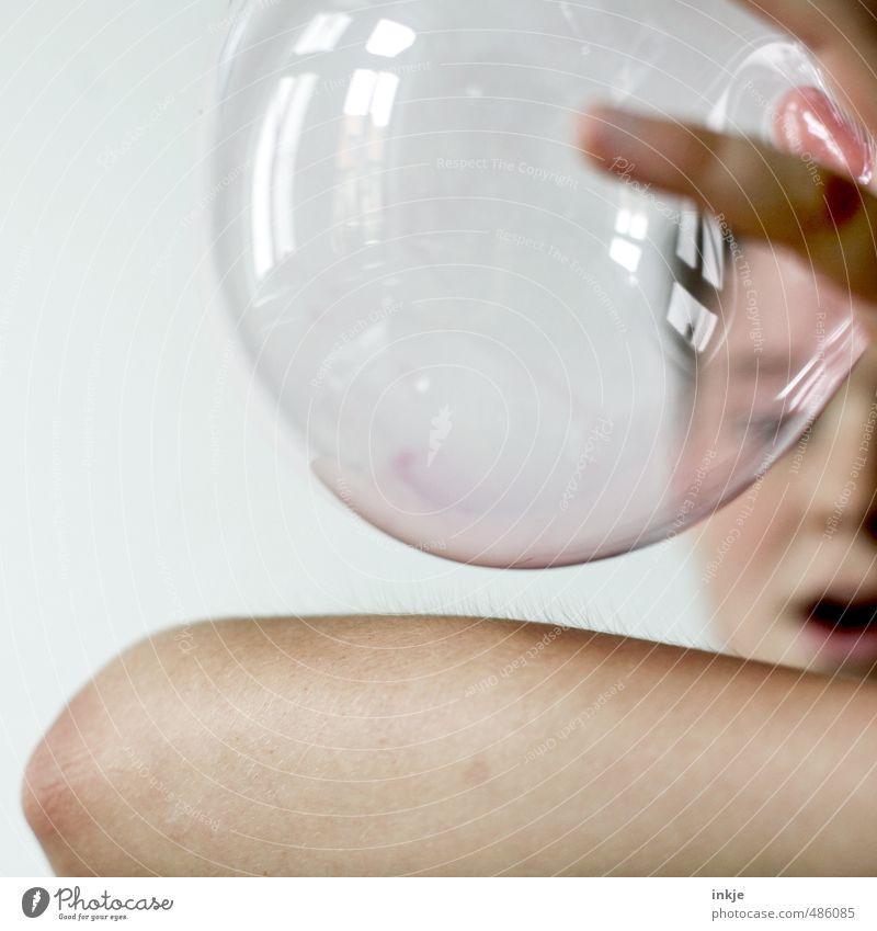 bubble 1234 Mensch Kind Freude Gesicht Leben Gefühle Junge Spielen Freizeit & Hobby Kindheit Arme Elektrizität lernen beobachten Luftballon festhalten
