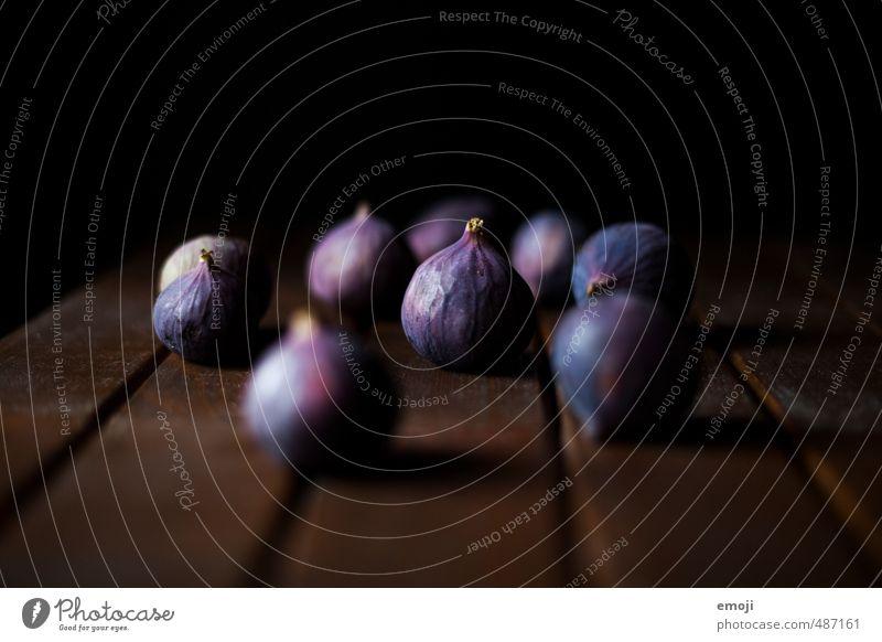 viele Freunde Frucht Feige Ernährung Bioprodukte Vegetarische Ernährung Diät dunkel lecker natürlich süß violett schwarz Farbfoto Innenaufnahme Studioaufnahme