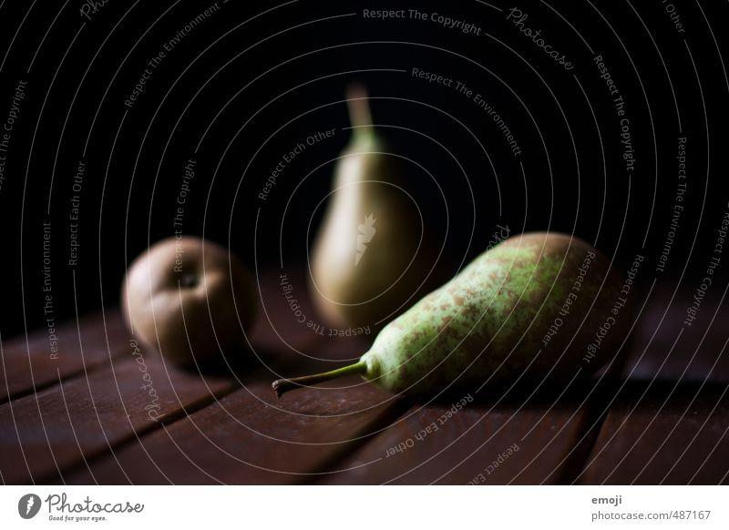 mehrere Freunde grün schwarz dunkel natürlich Frucht Ernährung süß lecker Bioprodukte Diät Vegetarische Ernährung Birne