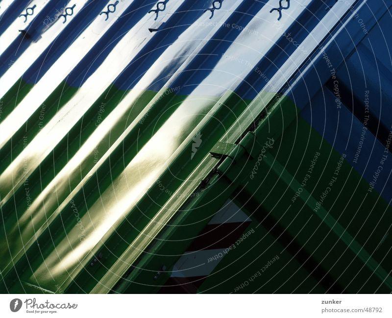 Container grün blau Metall Streifen Blech Lamelle Scharnier