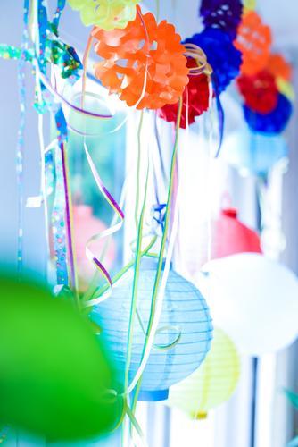 stimmungsmacher blau Feste & Feiern Party Stimmung rosa orange Geburtstag Dekoration & Verzierung Kitsch Lampion Girlande Partystimmung Lametta Partyraum