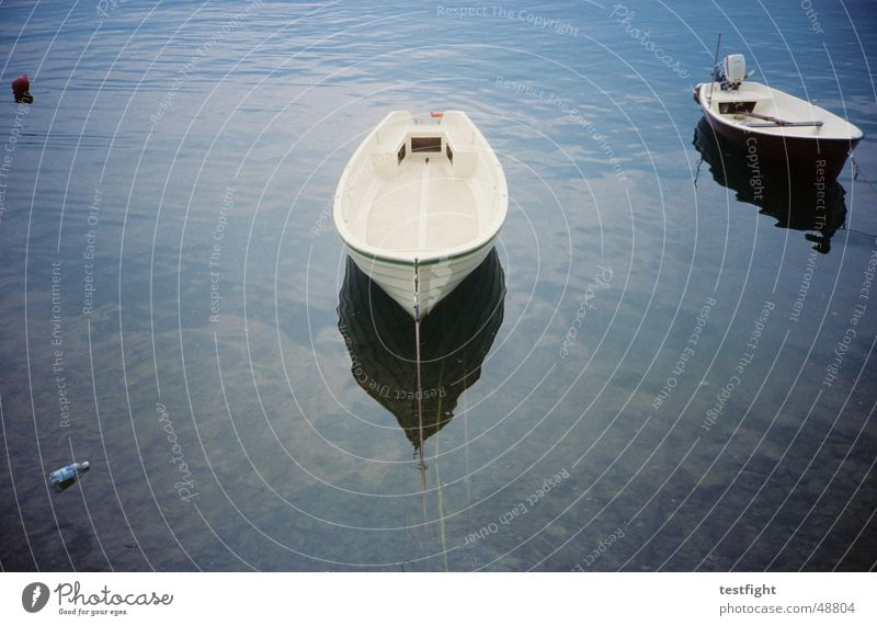 irgendwo in italien Italien Wasserfahrzeug See Meer Comer See sea lake Provinz Como boat