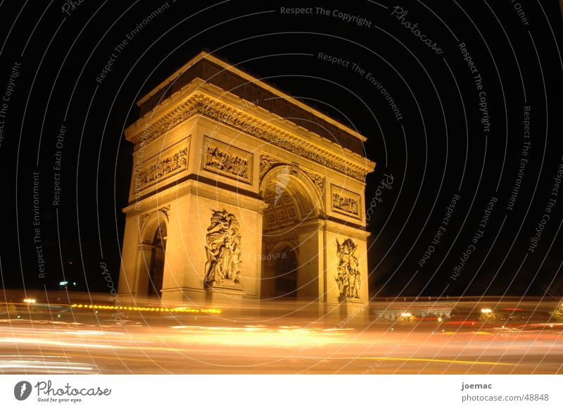 triumph @ night Langzeitbelichtung Arc de Triomphe Paris Verkehr historisch Denkmal Nacht Frankreich turisten Beleuchtung