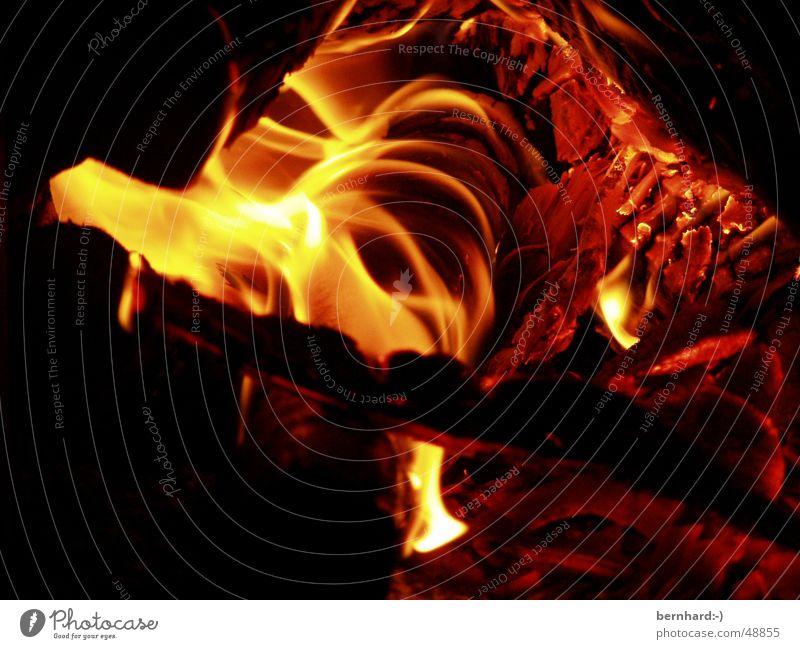 es brennt Wärme Holz Energiewirtschaft Brand Physik brennen heizen