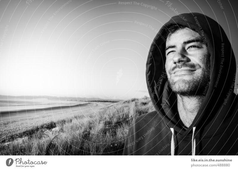 tag am meer 2 Jugendliche Ferien & Urlaub & Reisen Mann Meer Erholung Landschaft Strand Ferne Junger Mann Gesicht Erwachsene Küste Freiheit Glück maskulin