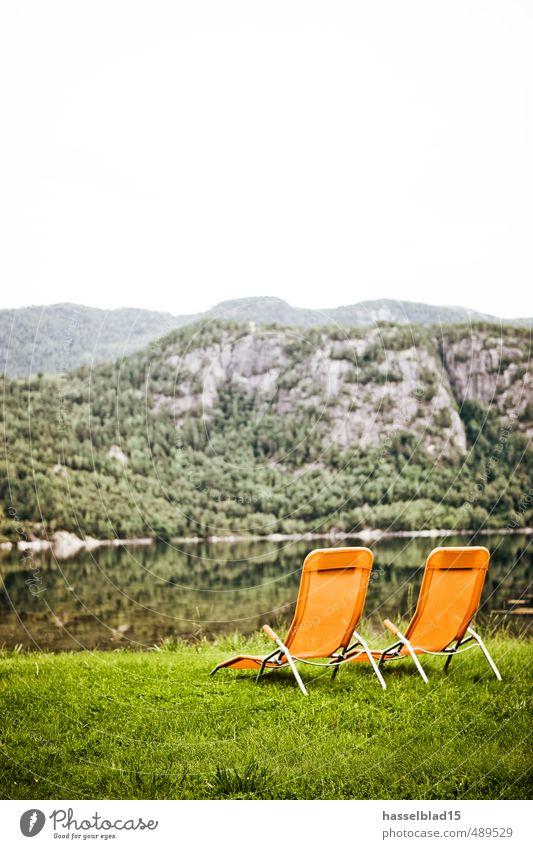 ORANGE Wellness Erholung ruhig Freude Ferne Berge u. Gebirge Leben Schwimmen & Baden Stil Glück Gesundheit Zufriedenheit Lifestyle Tourismus Ausflug Seeufer