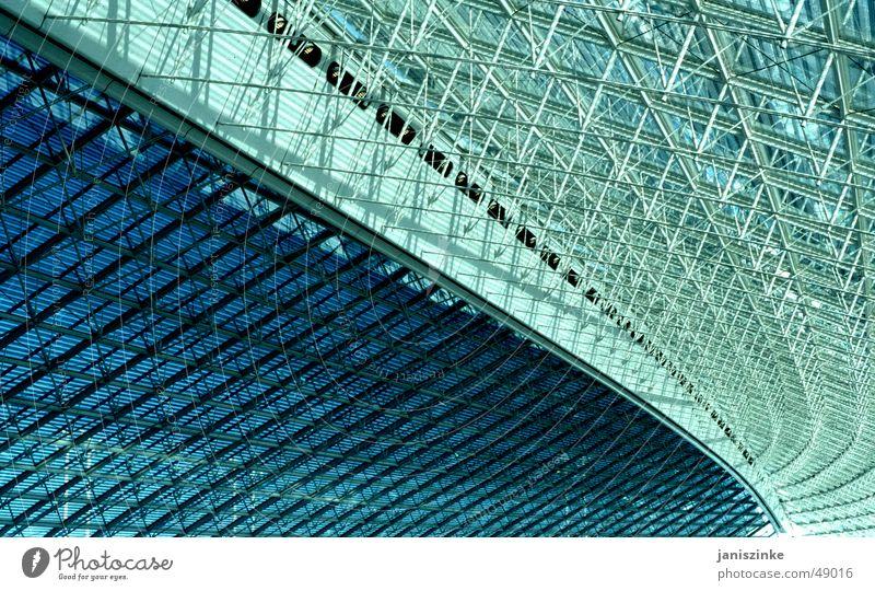 Zwischenlandung Paris-Airport Ferien & Urlaub & Reisen Ferne Fenster Architektur Glas fliegen groß warten hoch leer modern gefährlich Flugzeug Dach bedrohlich