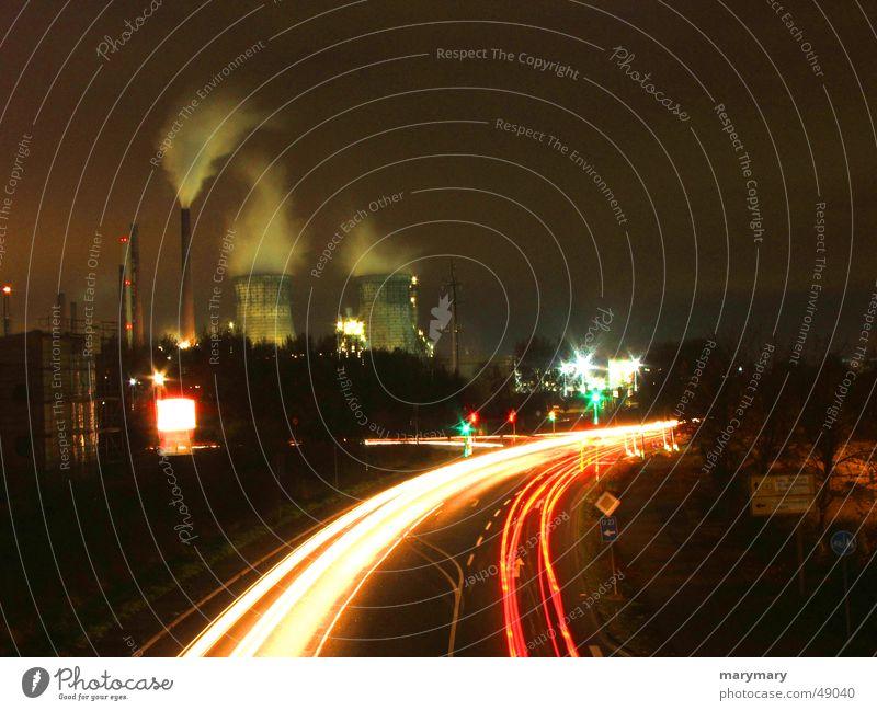 strasse Straße Verkehr Industriefotografie Kühlturm