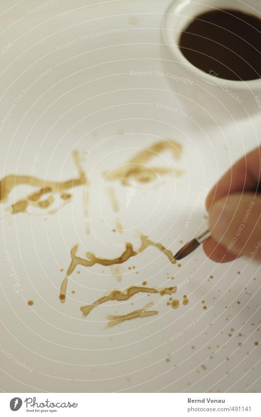 MontagMorgenMuffel Finger braun gelb schwarz weiß malen Pinsel Espresso Selbstportrait Tasse Papier nachdenklich Fleck aufwachen Stimmung Morgenmuffel Farbfoto