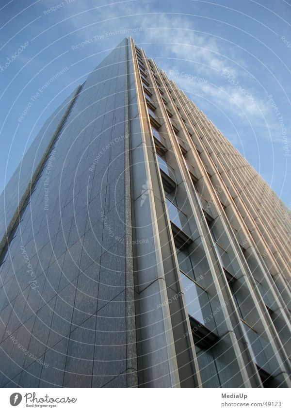 Big-Business Hochhaus Ladengeschäft Gebäude Fenster Fassade Bürogebäude Etage Kapitalwirtschaft Arbeit & Erwerbstätigkeit Himmel Baustelle Düsseldorf financial