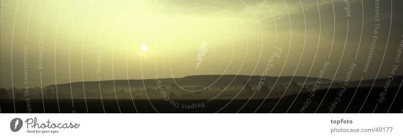 Sonnenaufgang im Nebel Herbst Stimmung Gegenlicht Panorama (Aussicht) Landschaft Morgen frühe groß Panorama (Bildformat)