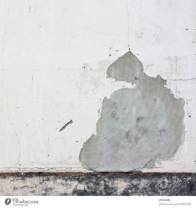 Maria Gebäude Mauer Wand Fassade Putz Riss alt Wandel & Veränderung feminin Gedeckte Farben Außenaufnahme abstrakt Muster Strukturen & Formen Textfreiraum links