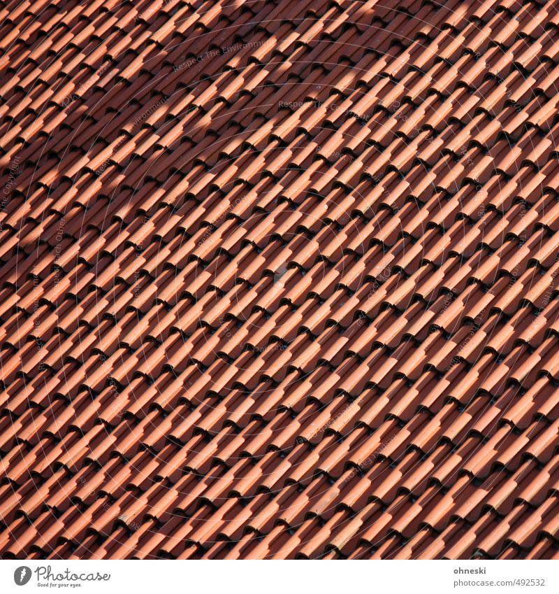Über den Dächern von... Haus Einfamilienhaus Architektur Dach Dachziegel Häusliches Leben Farbfoto Außenaufnahme abstrakt Muster Strukturen & Formen