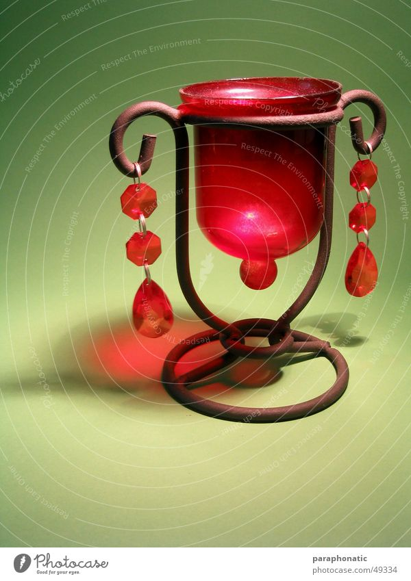 Teelichthalter grün rot Lampe Stil hell braun Kitsch erleuchten Fototisch