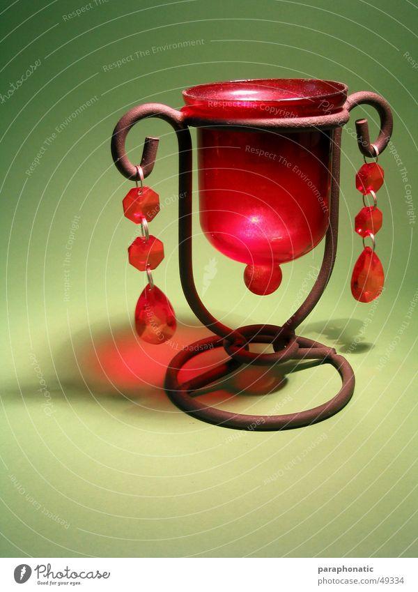 Teelichthalter Lampe rot braun grün Licht erleuchten Stil Fototisch Innenaufnahme hell Kitsch omas lampe Rost